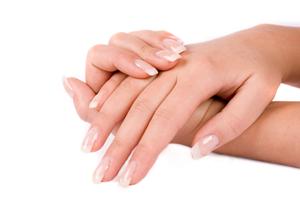 Наращивание ногтей. Правильный уход за искусственными ногтями